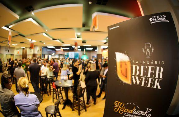 1º Balneário Beer Week recebe 5 mil pessoas no Balneário Shopping