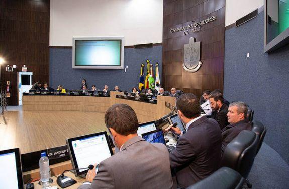 Itajaí aprova alteração na Lei que cria Conselho da Juventude