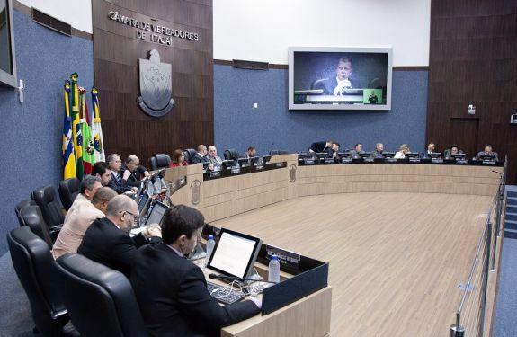 Itajaí: Projeto cria cargos de assistente tributário municipal..