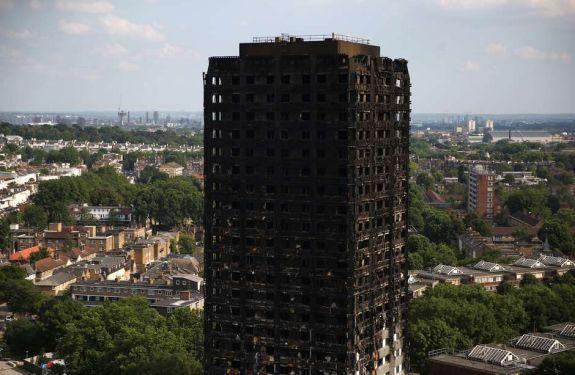 79 pessoas morreram ou desapareceram no incêndio em Londres