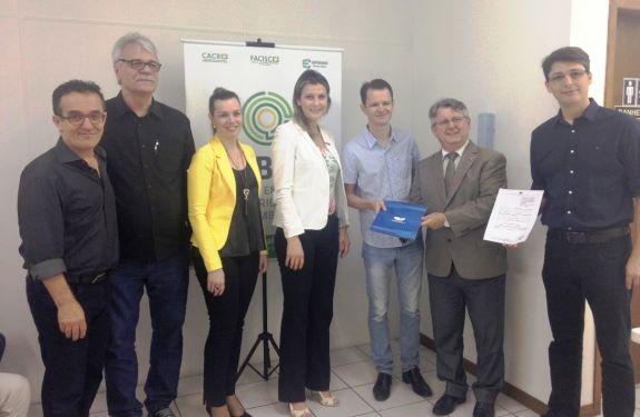 Acibalc firma convênio com a Univali em projeto de gestão