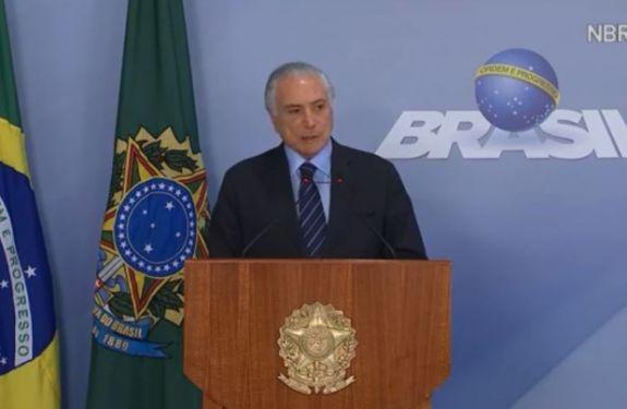 Apesar de acordo, caminhoneiros protestam nas estradas de Santa Catarina; Temer aciona forças federais
