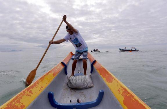 Arrancadão de Canoas Artesanais marca encerramento da Pesca da Tainha em BC