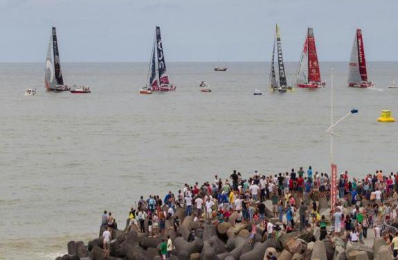 Assinado contrato que garante a etapa brasileira da Volvo Ocean Race em Itajaí