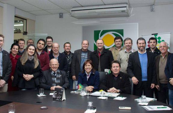 Associações empresariais do Vale do Itajaí discutem prioridades que serão pleiteadas com parlamentares