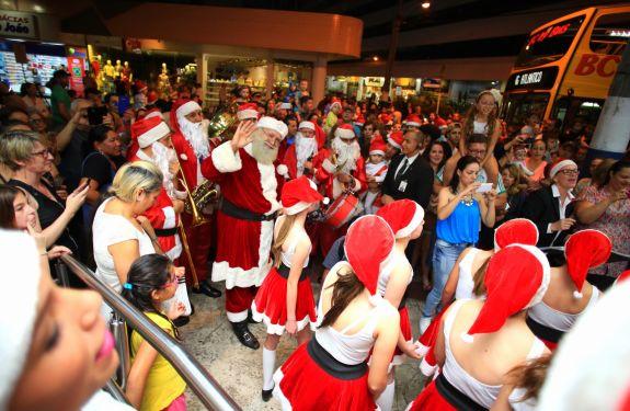 Atlântico Shopping se prepara para a chegada do Papai Noel