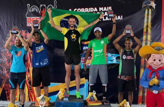 Atleta de Camboriú é vice campeão do Desafio Beto Carrero world