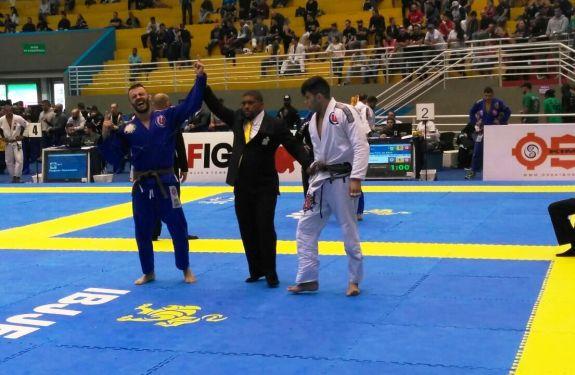 Atleta de Itajaí é campeão brasileiro de jiu-jitsu