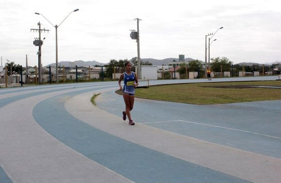 Atletismo de BC terá duas representantes em Competição Nacional