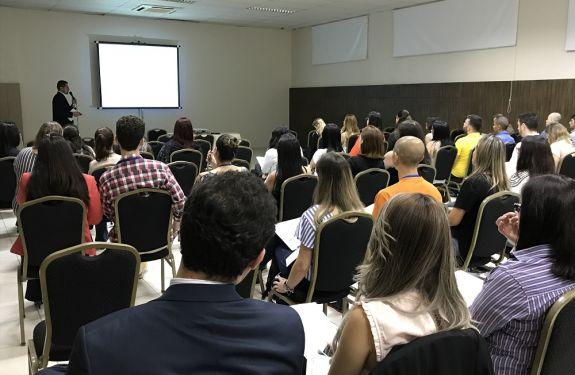 Avanços em tratamentos contra o câncer foram destaque em evento em Balneário Camboriú