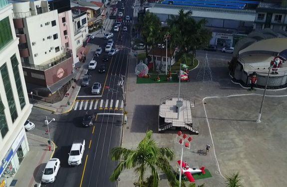 Avenida de Itapema ganha sinalização e travessias elevadas no Centro