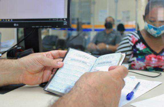 Balcão de Empregos de Itajaí ultrapassa mil vagas disponíveis...