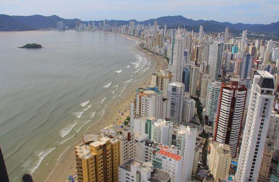 Balneário Camboriú participará de programa nacional de combate à poluição marinha