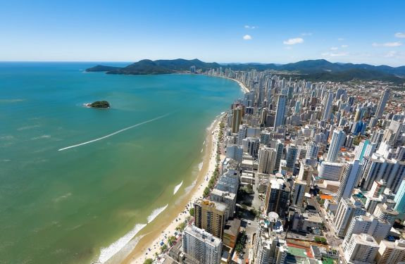 Balneário Camboriú propõe ao IMA aumentar coletas de balneabilidade