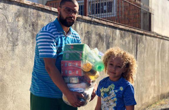 BC: Alunos da rede municipal receberão produtos da merenda escolar em casa