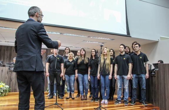 BC: Câmara homenageia Fundação Pró-Rim e Hospital Santa Luíza