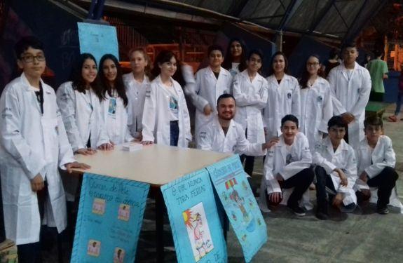 BC: Jovem Doutor conscientiza comunidade sobre câncer de pele