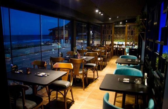 Brava Sushi reabre com projeto inspirado na arquitetura oriental contemporânea