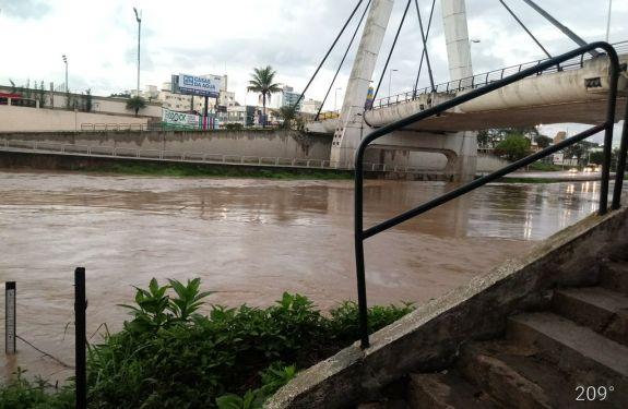Brusque: previsão de alagamentos continuam em dois trechos da Beira Rio