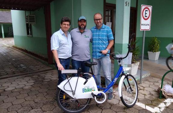 Brusque terá estações de bicicletas compartilhadas