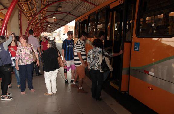 Cadastro para cartão escolar no transporte público inicia nessa terça-feira (12)