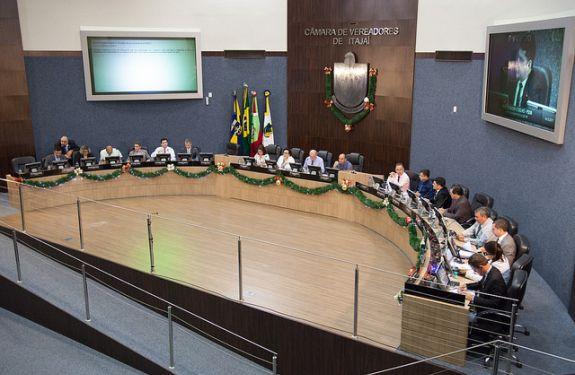Câmara de Itajaí aprova Lei Orçamentária Anual