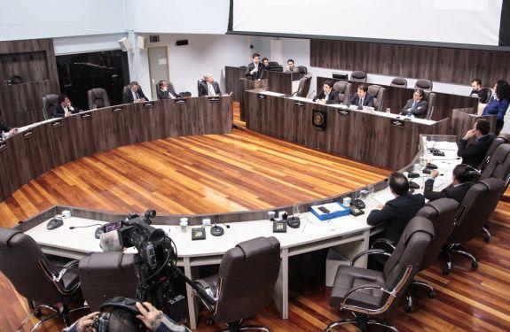 Câmara de BC aprova quatro projetos nesta terça-feira (4)
