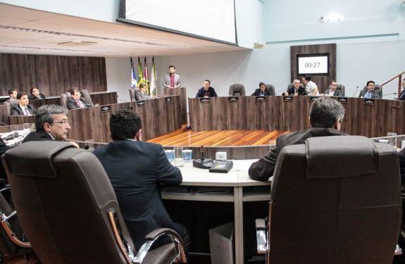 Câmara de BC delibera sobre seis projetos nesta quarta (23)
