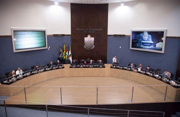 Câmara de Itajaí aprova sete projetos antes do recesso parlamentar