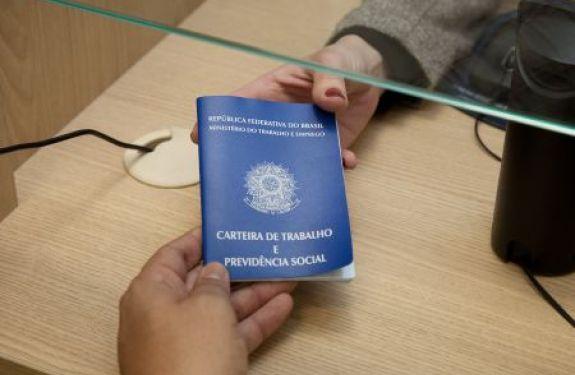 Itajaí: CVI oferece apoio para solicitação de seguro desemprego