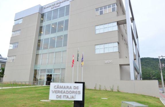Câmara de Itajaí oferece seminário para servidores, vereadores e comunidade