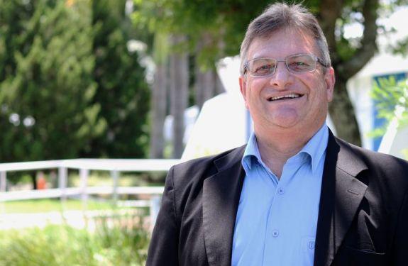 Câmara de Vereadores de BC homenageia novo reitor da Univali