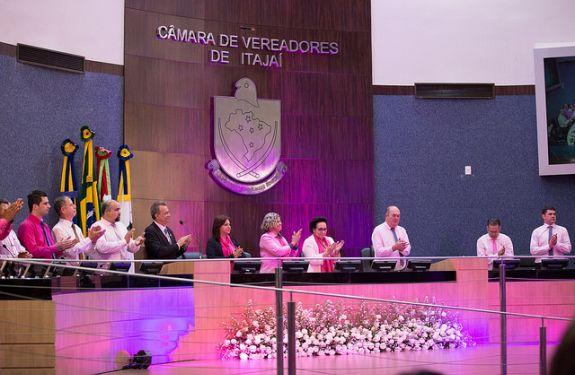 Câmara realiza sessão especial em alusão à campanha Outubro Rosa