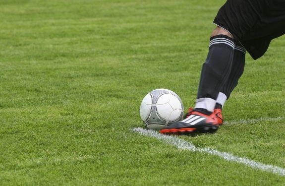 Camboriú FC realiza teste para nascidos em 2002 e 2003