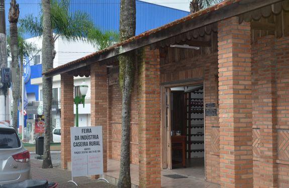 Camboriú: Feira da Indústria Caseira Rural completa 25 anos