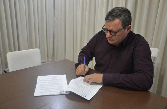 Camboriú firma colaborações com associações esportivas