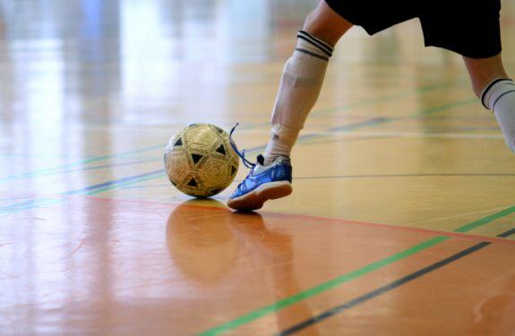 Camboriú vai sediar amistoso de futebol de salão para cegos