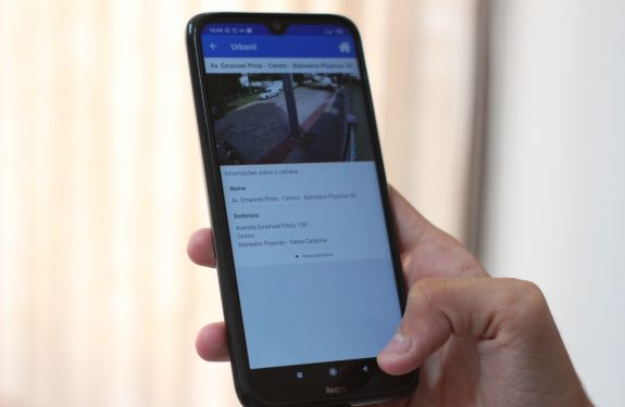 Piçarras: Câmeras de monitoramento ao vivo podem ser acessadas..