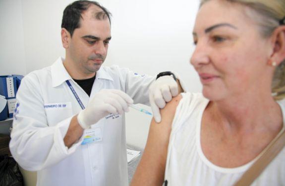 Campanha de vacinação contra gripe Influenza começa na próxima segunda-feira