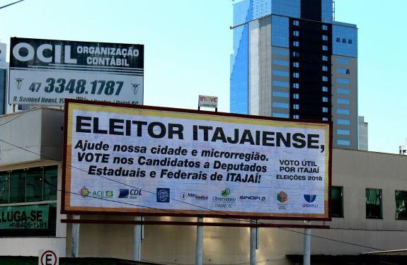 Campanha Voto Útil por Itajaí ganha as ruas