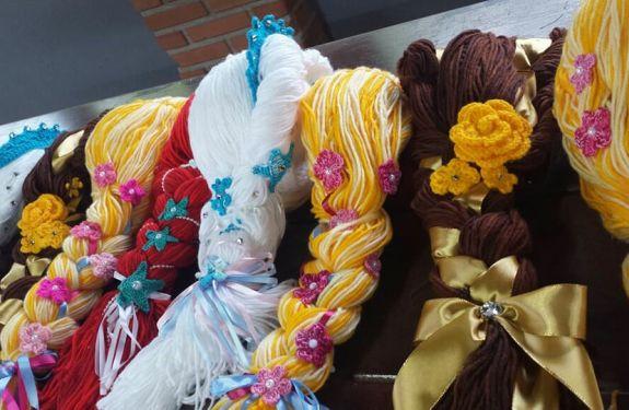 Círculo S/A incentiva artesãos a confeccionarem perucas