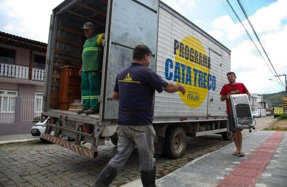 Confira a agenda semanal do Cata Treco em Itajaí