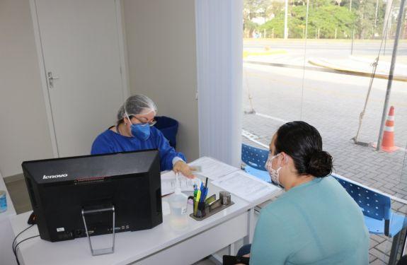 Coronavírus Itajaí: 95% dos casos ativos ficam em isolamento domiciliar