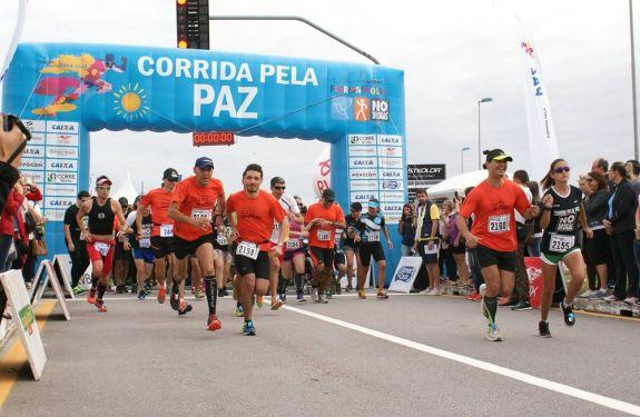 Corrida pela Paz acontece em outubro em Florianópolis (SC)
