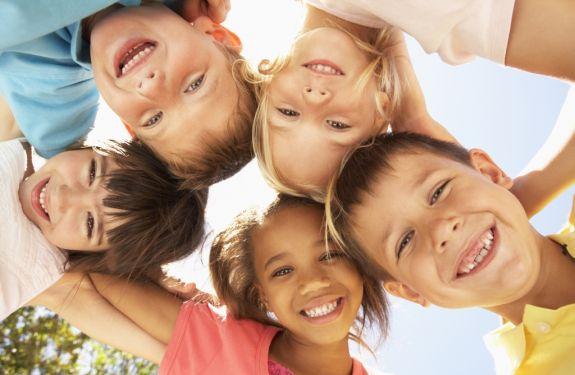 Crianças a partir de cinco anos devem consultar o ortodontista