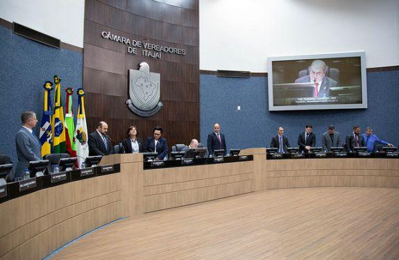 Itajaí: Autorização de abertura de crédito para secretarias