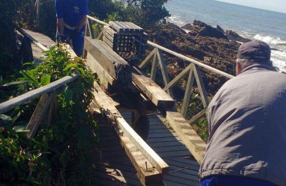 Deck do Morro do Careca começa a ser desmontado