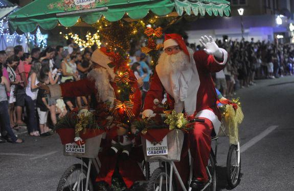 Brusque: Desfile de Natal e abertura da Casa do Papai Noel