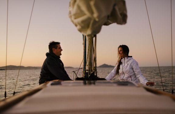 Dia dos Namorados: jantar e passeio de veleiro para surpreender