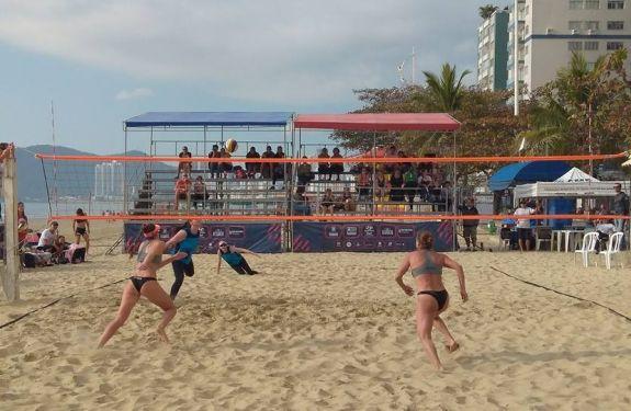 Duplas de BC ganham dois títulos no Vôlei de Praia